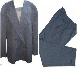 Vintage Giorgio Armani suit :44 size